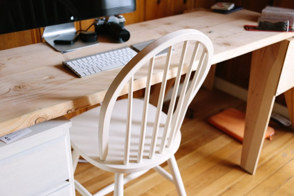 6 Stylish Chairs for Your Office in this 2018 which Still Exists